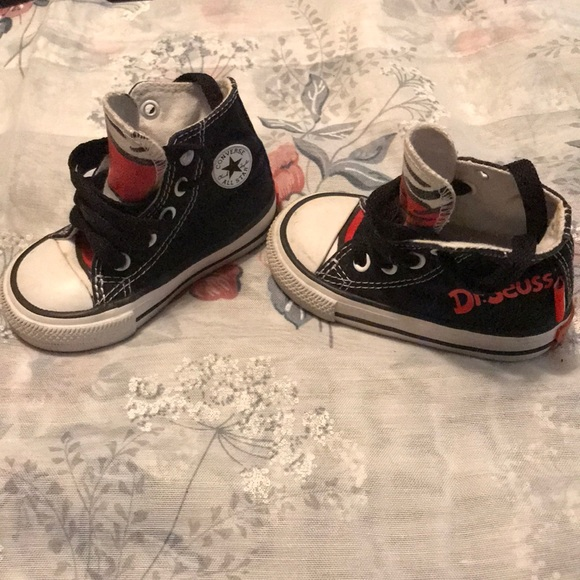 0084fa3fb6b1 Converse Other - Baby boys dr Seuss converse